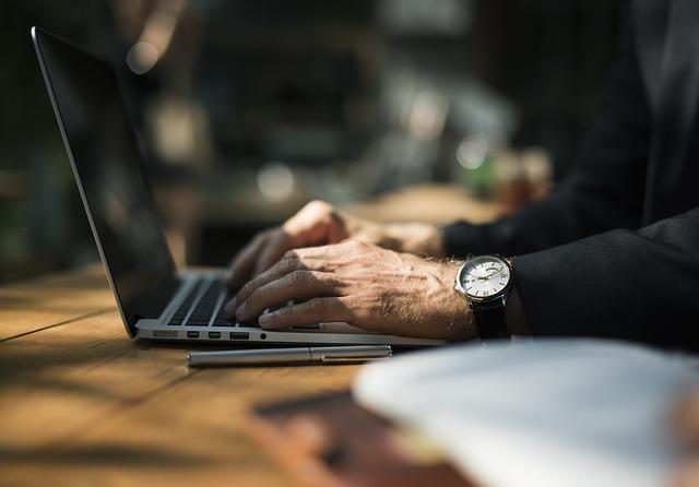 We wrześniu ruszą preferencyjne pożyczki na rozwój szybkiego internetu. Do firm telekomunikacyjnych trafi na początek 40 mln zł
