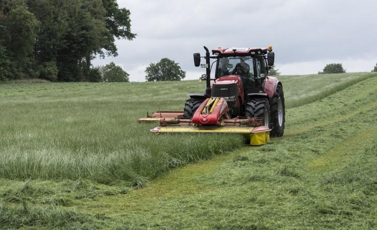 Co roku w wypadkach rolniczych poszkodowanych zostaje kilkanaście tysięcy osób. Niebezpiecznym okresem są żniwa