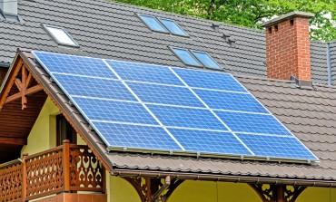 Wchodzą w życie nowe przepisy o odnawialnych źródłach energii. Mają uchronić konsumentów przed wzrostem cen prądu