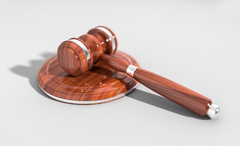 PK: surowe wyroki skazujące za oszustwa metodą na tzw. funkcjonariusza CBŚP
