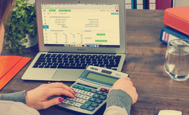 Zbliża się termin składania CIT. Firmy inwestujące w innowacje mogą liczyć na coraz wyższą ulgę podatkową