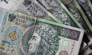 Zarobki nauczycieli w Polsce należą do najniższych w Europie. Kwietniowe podwyżki tego nie zmienią