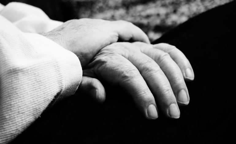 Nowe limity na pieluchomajtki – trudniejsza sytuacja osób niesamodzielnych