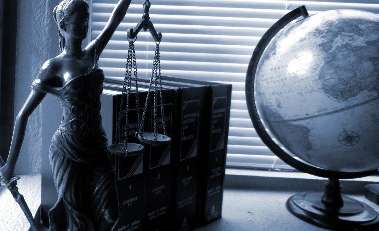 MS: bezpłatna pomoc prawna dla wszystkich potrzebujących