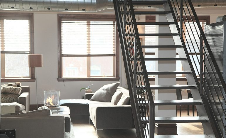Chcesz bezpiecznie wynająć mieszkanie? Oto 9 zasad wg WGN