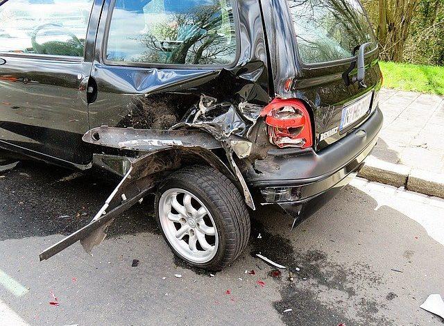 Szkoda AC po wypadku samochodowym
