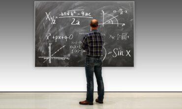Ważą się losy tegorocznych podwyżek dla nauczycieli w budżecie państwa. Senat za, sejmowa komisja przeciw