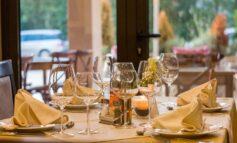 Limity w hotelach czy restauracjach nie funkcjonują. Przedsiębiorcy nie mogą pytać klientów, czy są zaszczepieni