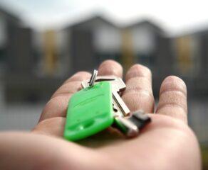 Przepisy o gwarancji wkładu własnego są prawie gotowe. Według rządu poprawa sytuacji mieszkaniowej skłoni Polaków do posiadania dzieci